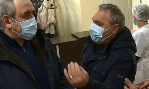 Депутат Госдумы выслушал пациентов смоленской поликлиники