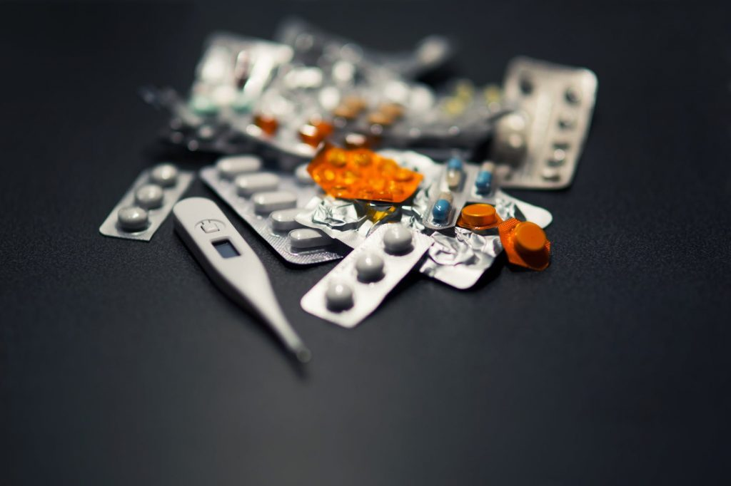 В Смоленске стартовали испытания лекарства от коронавируса