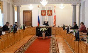 Алексей Островский проведёт совещание с главврачами ЦРБ Смоленской области