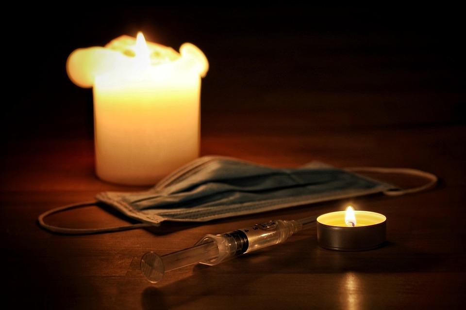 В Смоленской области от последствий коронавируса скончались ещё девять человек