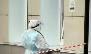 Смоленские медики «выбивают» коронавирусные выплаты через прокуратуру