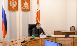 Алексей Островский жёстко отчитал чиновников за ситуацию с дефицитом лекарств