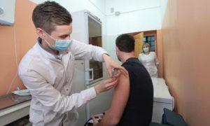 Смолянину отказали в проведении второго этапа вакцинации от коронавируса