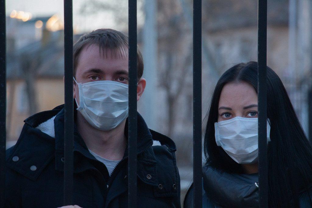 В Смоленске суд назначил наказание нарушителям масочного режима
