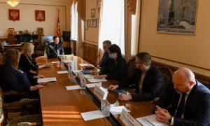 Алексей Островский: Замена ФАПов в Смоленской области должна идти строго в срок
