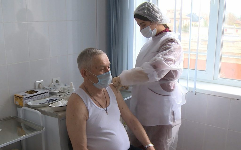 Смоленская область получила еще свыше 6 тысяч доз вакцины от коронавируса