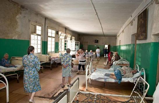 Главврач Гедеоновки просит губернатора защитить больницу «от нападок в СМИ»