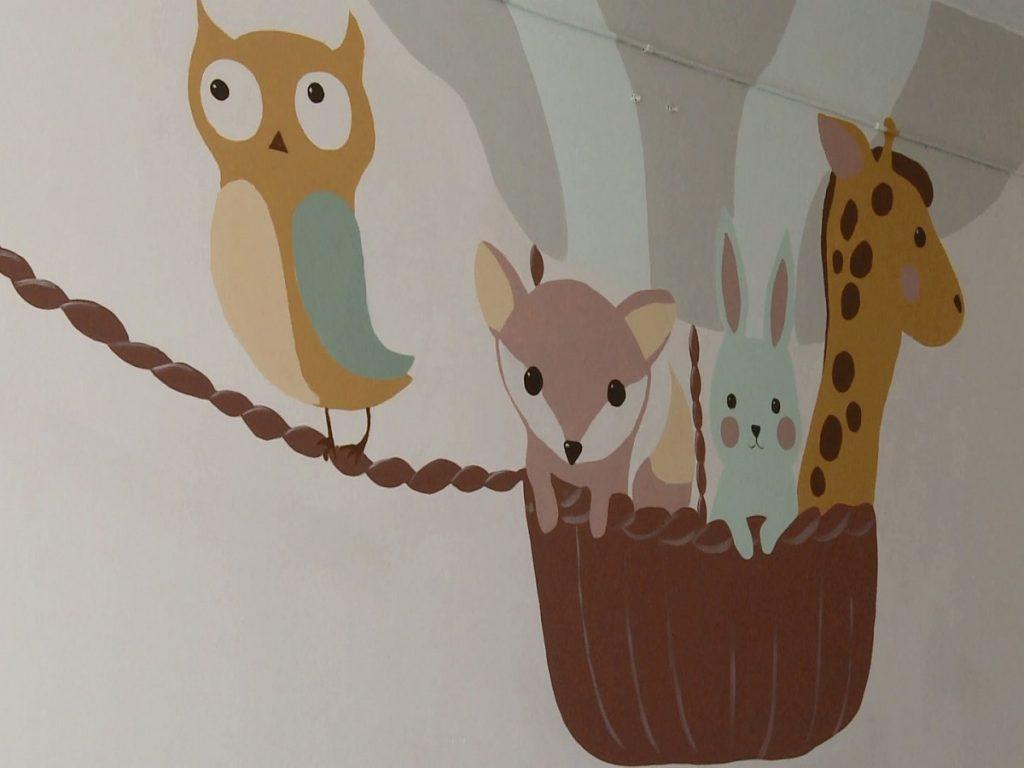 Яркий мир для тяжело больных. В детской областной больнице волонтёры создают новое пространство